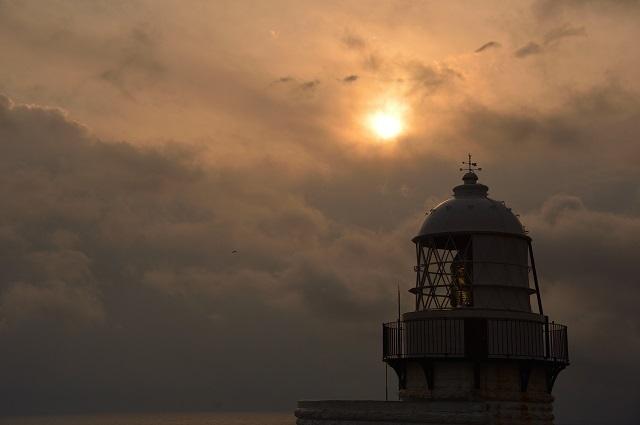 103灯台の日の出9.jpg