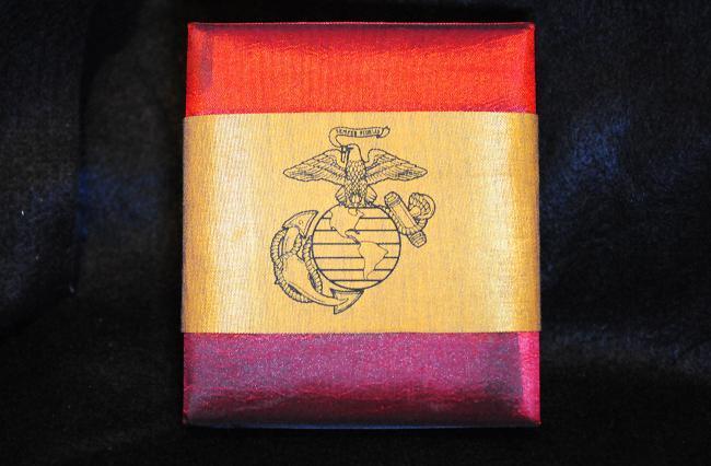 13 USMCメダル.jpg