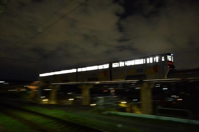 2多摩都市モノレール.jpg
