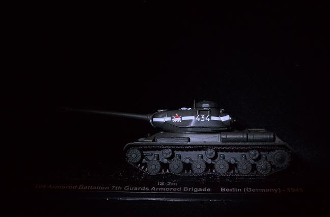 3 IS-2m.jpg