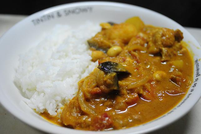 5南インド風豆とチキンのカレー.jpg